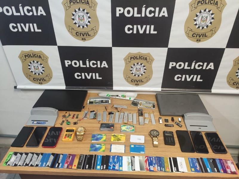 Apreensão de cartões e maquinas para clonagem em poder de organização criminosa