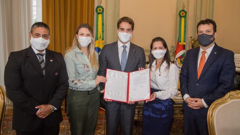 Projeto de Lei, de autoria da deputada estadual Fran Somensi, foi sancionado pelo governador Eduardo Leite