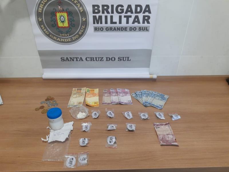 BM de Santa Cruz do Sul prende homem por tráfico de drogas durante Operação Força Total