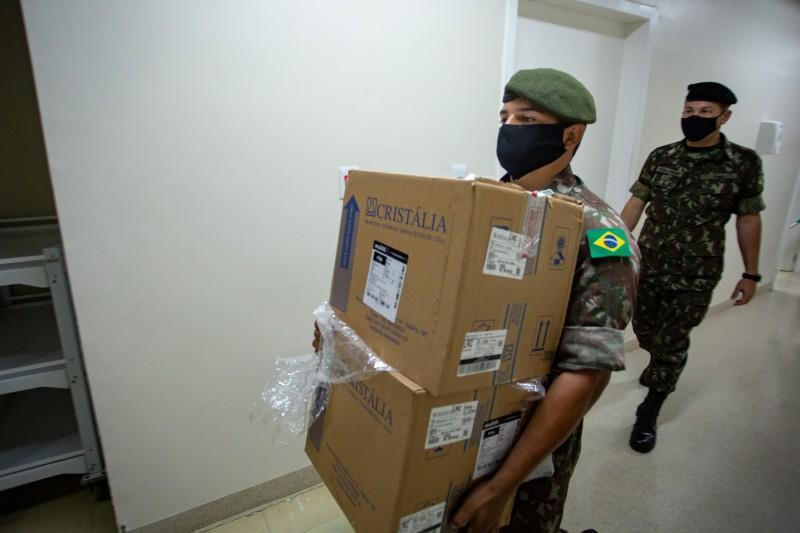 Em Santa Cruz, os hospitais Ana Nery e Santa Cruz receberam os medicamentos