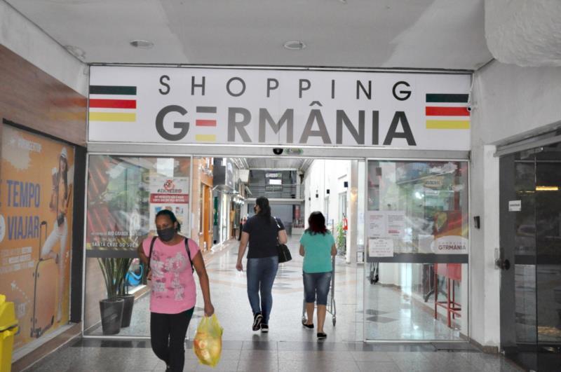No Shopping Germânia podem ser encontrados presentes para todos os gostos