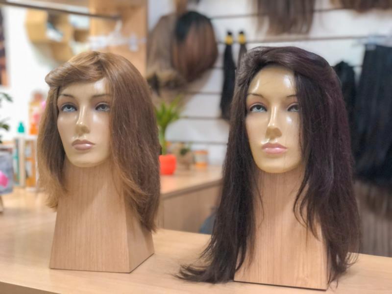 Perucas confeccionadas com cabelo natural