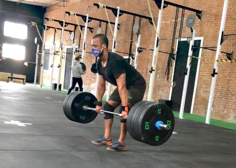 Modalidade exige força e dedicação dos praticantes na busca por resultados