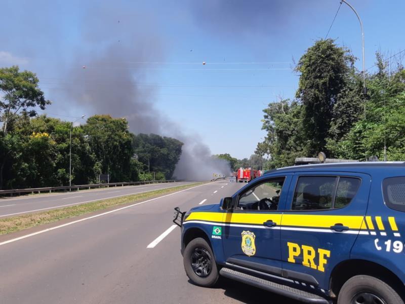 Fluxo no local está prejudicado desde março quando um caminhão, carregado com combustível, explodiu junto ao km 350 da rodovia