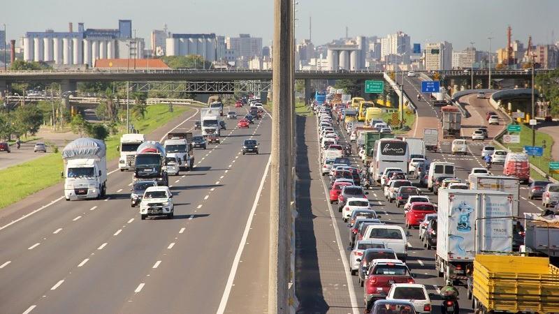 Nova lei altera prazo para apresentação do condutor infrator, que passa de 15 para 30 dias