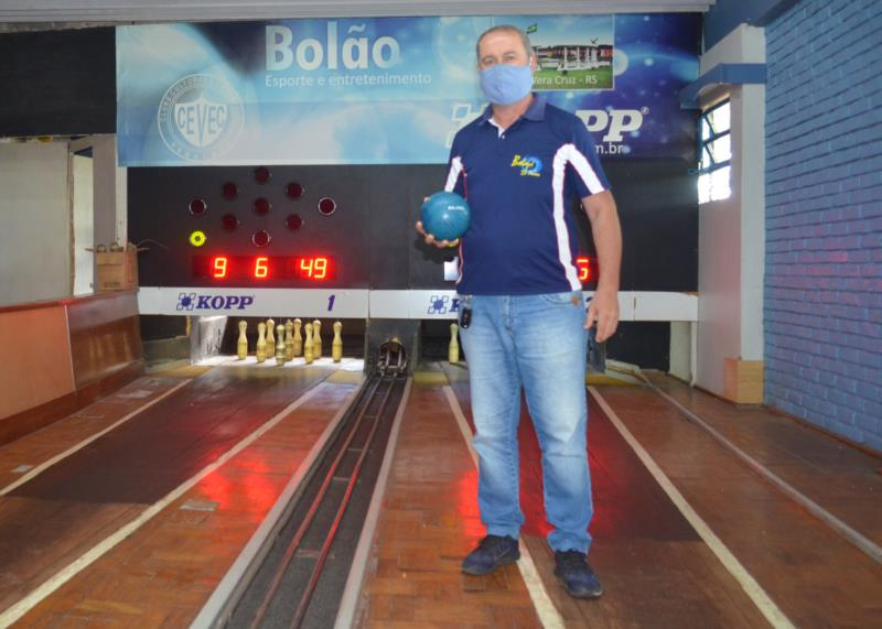 Bolão: jogo de integração e amizade