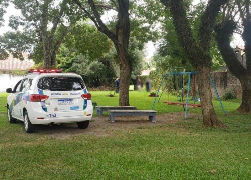 Guarda Municipal flagra jovens com drogas em praça de Santa Cruz