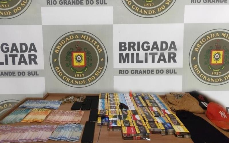 Trio é preso pela Brigada Militar após roubo a estabelecimento comercial em Santa Cruz