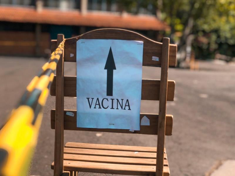 Dessa vez, pessoas com idade a partir de 61 anos poderão ser vacinados