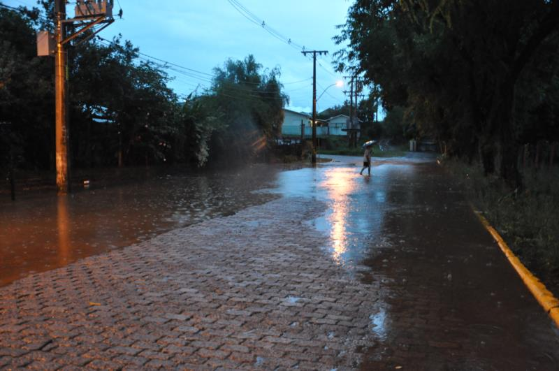 Episódio em janeiro atingiu pelo menos 70 casas e mais de 40 quilômetros de estradas ficaram danificadas