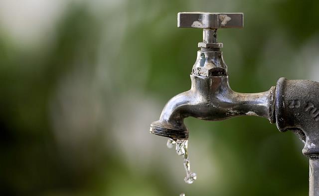Manutenção do sistema de abastecimento irá deixar a localidade sem água em Santa Cruz