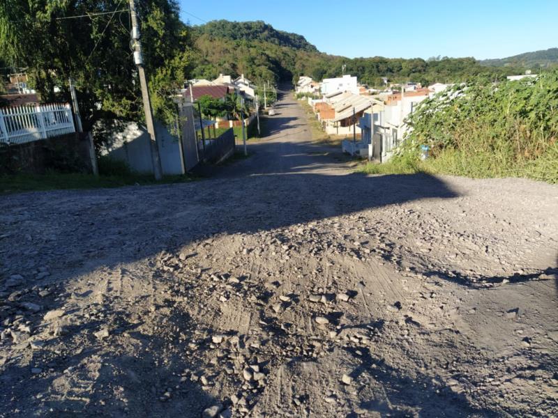 Prefeitura trabalha na adequação dos projetos para pavimentação no Loteamento Motocross e Tabor