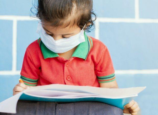 Alunos da educação infantil e do 1º e 2º anos serão os primeiros a voltar para as escolas