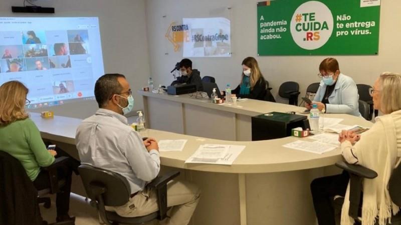 Situação da febre amarela e anúncio do COE arboviroses foram temas da reunião