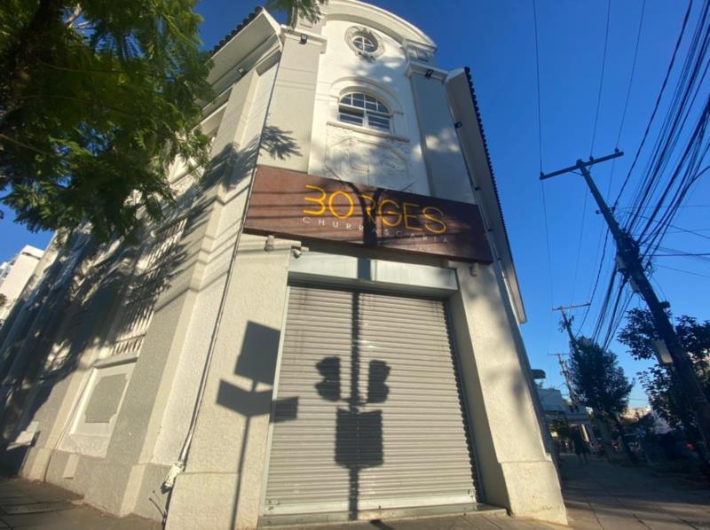 Empreendimento localizado na Rua Borges de Medeiros fechou neste domingo