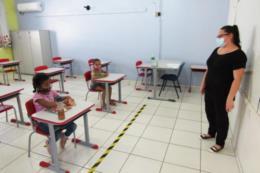 No total, 45 estabelecimentos de ensino abriram as portas para receber as crianças da educação infantil e do 1º e 2º ano
