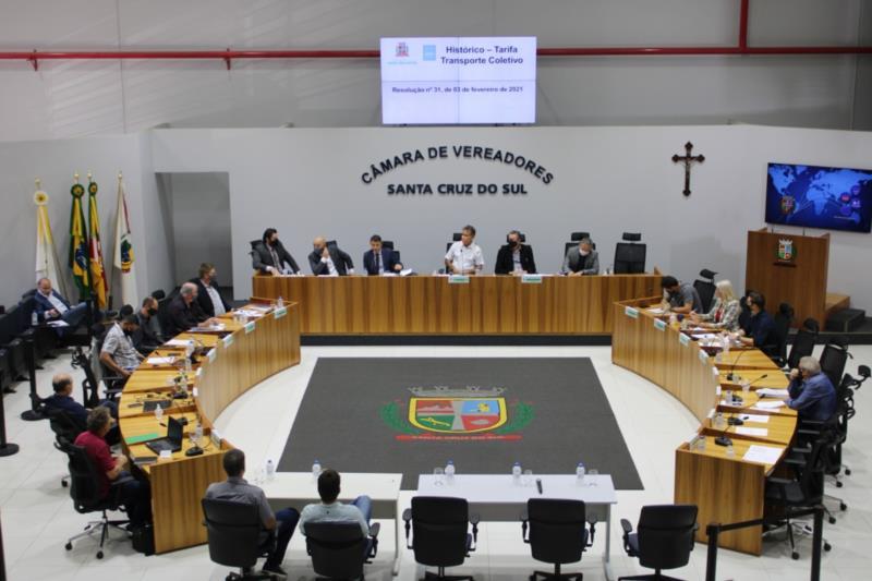 Projeto teve apenas uma abstenção do vereador Leonel Garibaldi (Novo)