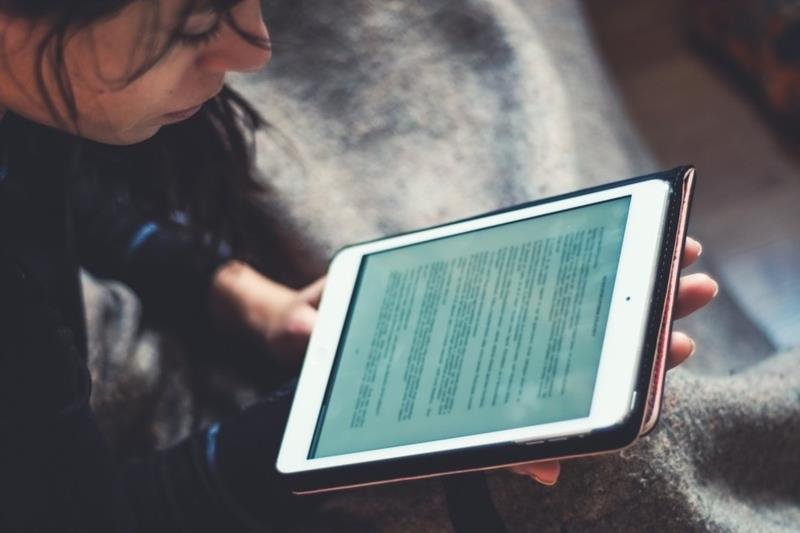 Através da plataforma os estudantes poderão interagir com os professores, participar de aulas virtuais e acessar os conteúdos disponibilizados