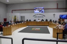 Dez projetos ingressam na pauta da sessão do Legislativo desta segunda