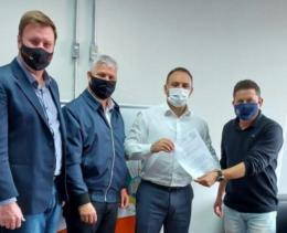 Vereadores de Venâncio Aires pedem sinaleira na RSC-453 entre os bairros Macedo e Brands