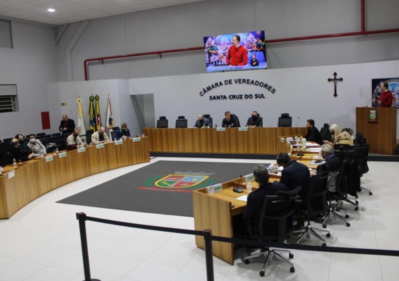 Vereadores aprovam projeto que facilita liberação de alvarás para empreendedores de Santa Cruz