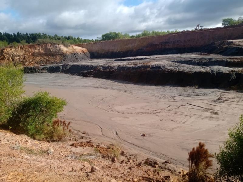 Homem é detido por extrair recursos minerais de forma ilegal em Pantano Grande