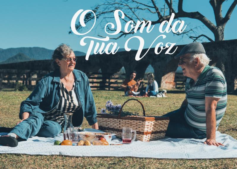 Videoclipe conta história de amor e companheirismo de casal de idosos
