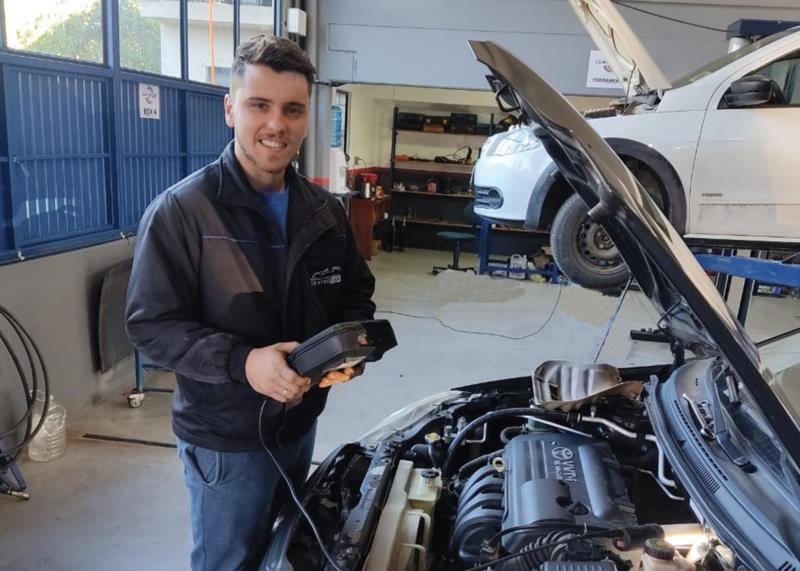 Régis agora trabalha com mecânica automotiva em Sinimbu