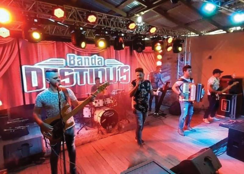 Banda realizava shows nos três estados do sul do país e estava em plena ascensão antes da paralisação