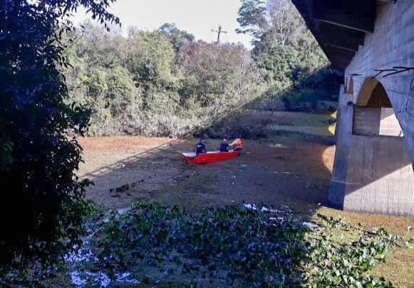 Encontrado corpo de motorista de carro que caiu em arroio na BR-290