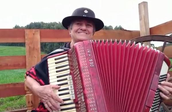 Nome marcante da música gaúcha sofreu uma parada cardíaca nesta quinta-feira, em Passo Fundo