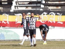 Santa Cruz elimina o Novo Horizonte e fica a dois jogos do acesso