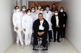 Após quase 50 dias internado, pai de Juju recebe alta hospitalar