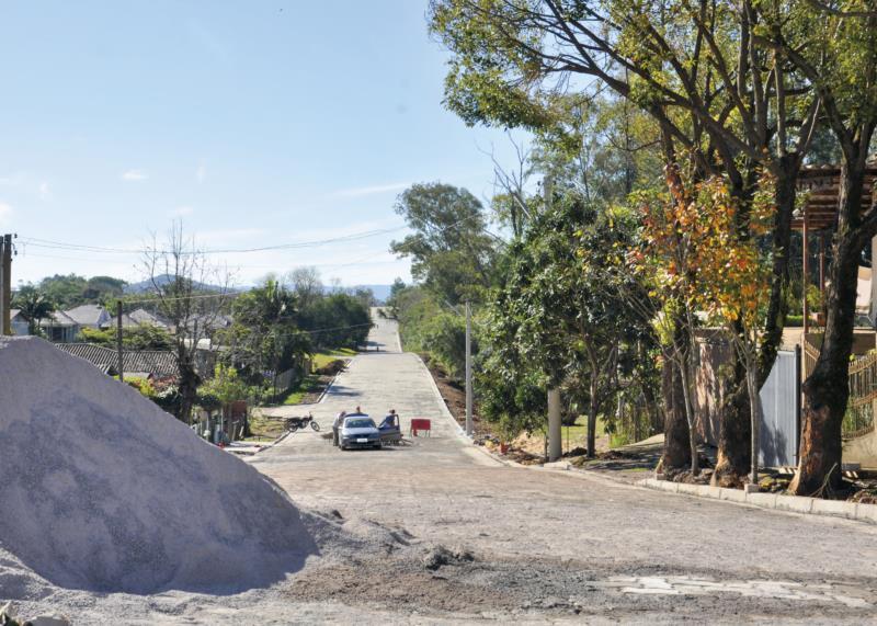 Trabalhos devem seguir até setembro em ruas de Vera Cruz