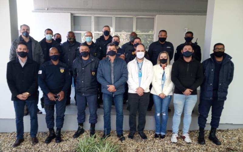Ato solene de formatura de 15 guardas ocorreu nesta sexta-feira