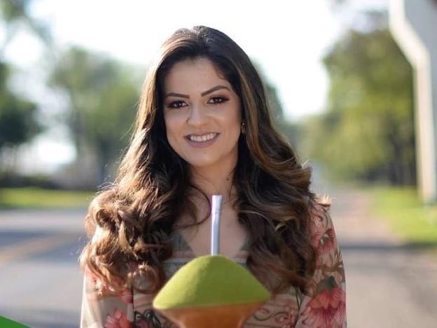 Fenachim apresenta Gabriela Moura como candidata a soberana