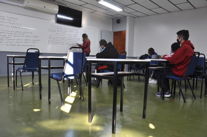 Em Vera Cruz, 65,3% dos estudantes da rede estadual estão de volta às salas de aula
