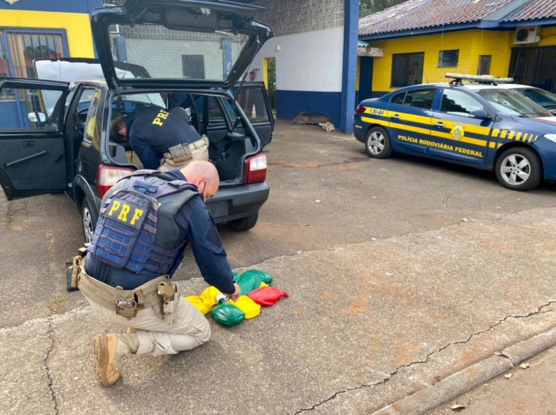 PRF prende traficante com drogas no tanque de combustível do carro