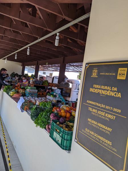 Consumidor já pode fazer suas compras de produtos agrícolas, como verduras e frutas, pelo PIX ou cartão de crédito