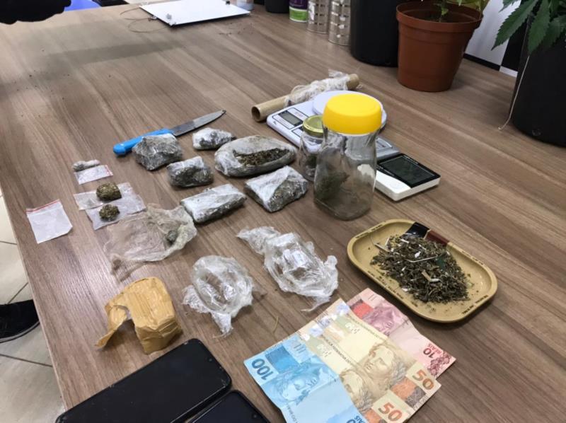 Polícia apreendeu uma quantidade de droga já pronta para a venda