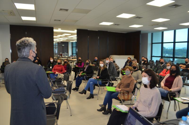 Lançamento aconteceu na manhã desta quinta-feira na nova sede administrativa da Sicredi Vale do Rio Pardo