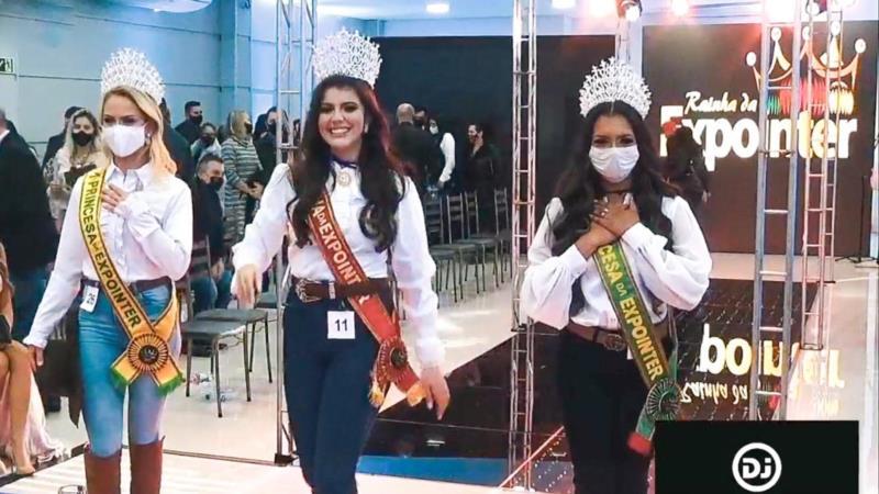 Compõem a corte a rainha Gabriela Souza e a 1ª princesa Vanessa Fredrich