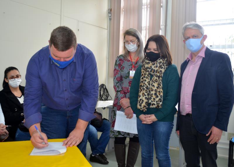 Termo de parceria entre o Município de Vera Cruz e a Unisc foi assinado na tarde de quinta