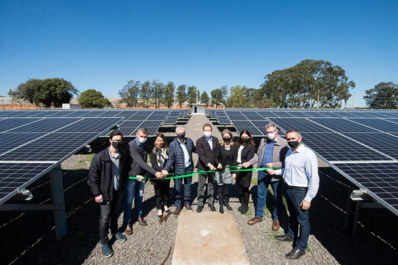 Complexo vai gerar energia limpa para a nova sede administrativa e para as 15 agências da Cooperativa