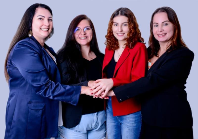Empreendedoras contam com o apoio das mães Queli e Maura