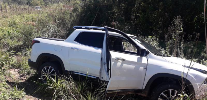 Carro foi localizado no início da tarde desta segunda-feira no interior de Vera Cruz