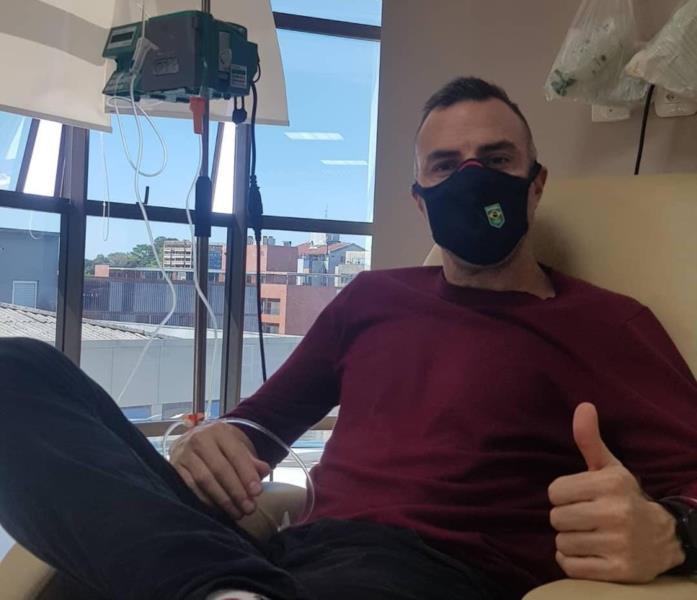 Fabiano em tratamento no Hospital Bruno Born