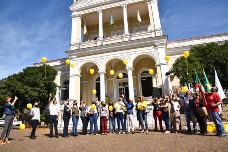 Campanha Setembro Amarelo é lançada na Praça da Bandeira