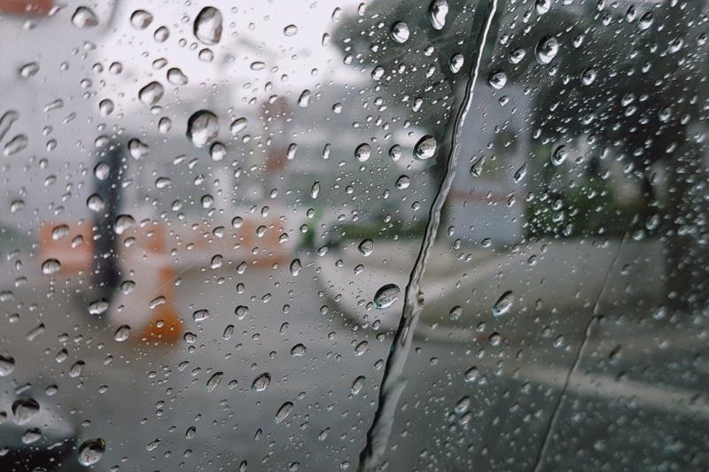 Chuva deve marcar presença em todos os dias do feriadão