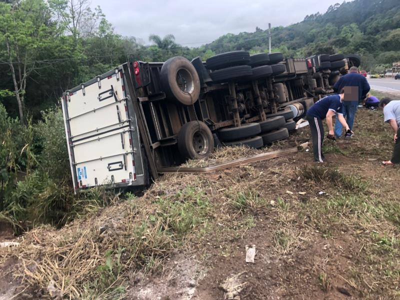 Acidente aconteceu na manhã de hoje em Linha Pinheiral